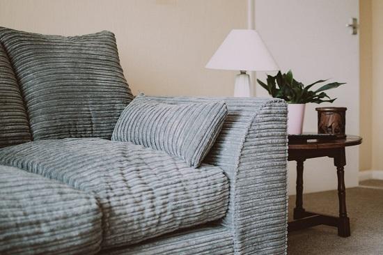 sofa szara rozkładana
